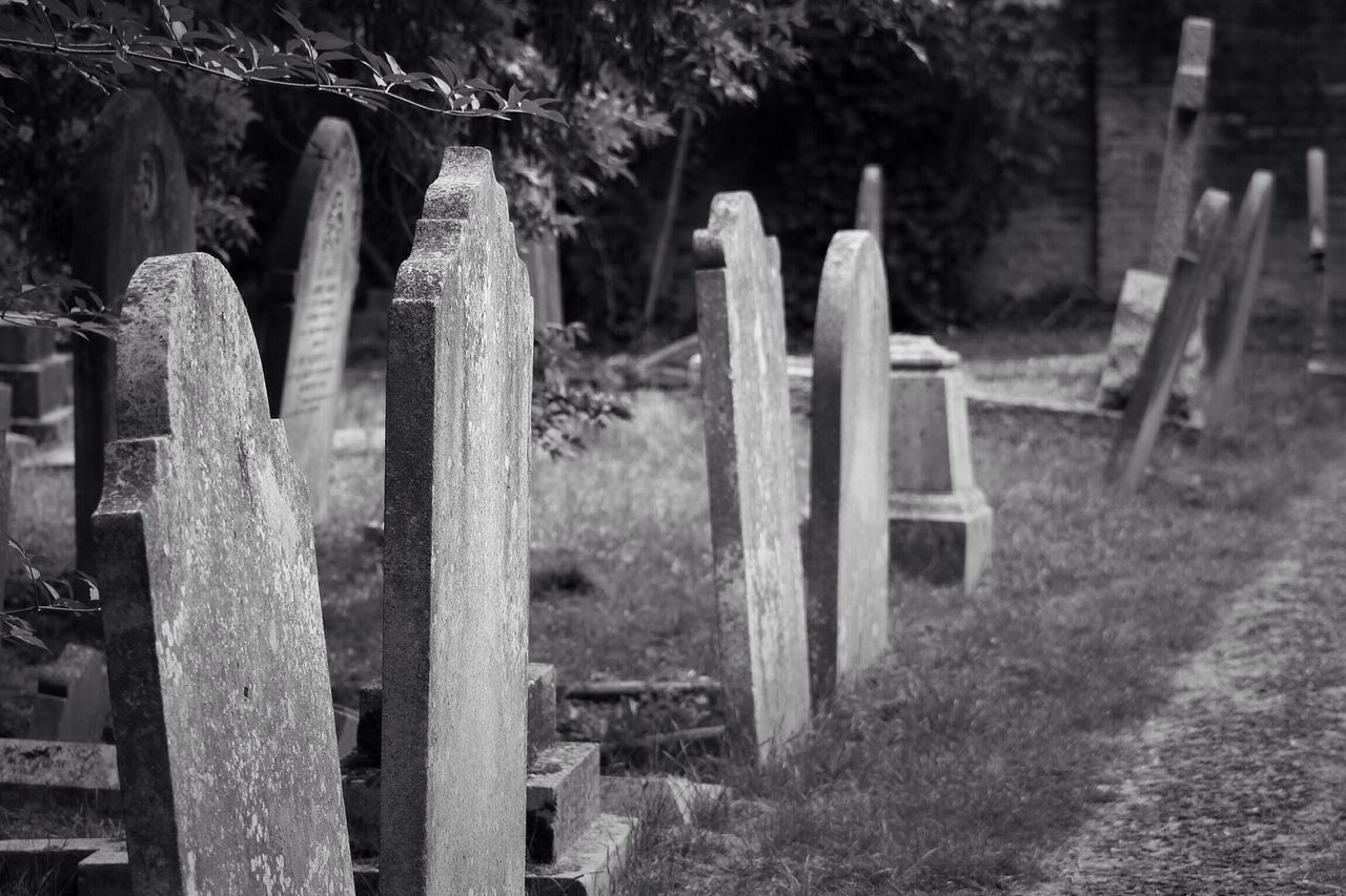 Tombstone Cemetery No People Outdoors Day Grass Canon Photography Graveyard Black & White Creative Photography Graveyard Beauty Canonphotography Burial Ground South West London