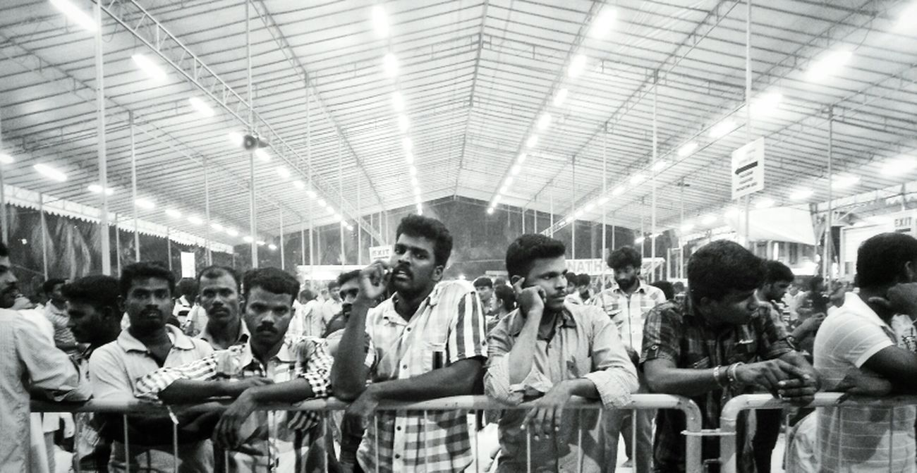 Hanging Out Streetphotography Black And White Taking Photos On The Road Singapore Thaipusam Hello World Streetphoto_bw AMPt - Shoot Or Die Thaipusam 2013