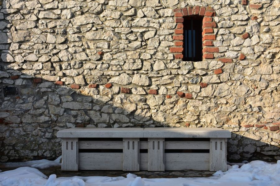 Old Castle Castle Walls Window Bench Benches Historical Building Arch Architecture_collection Exceptional Photographs Stone - Object EyeEm Selects Eyeemphotography Love To Take Photos ❤ Hello World EyeEm Best Shots No Filters Or Effects Purity Eyeem Photography Architecture Built Structure Snow Building Exterior Winter Day Outdoors Cold Temperature No People Nature Colour Your Horizn
