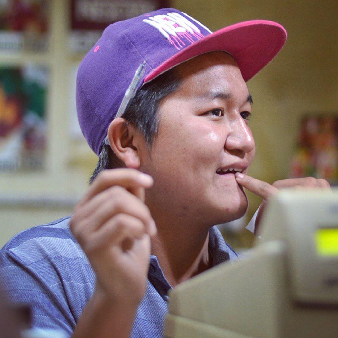 The Thinking Salesperson Icecream ParasDowntown Zirakpur Punjab India Nepal Hardworking Itravel IExplore IEat Iphotograph Iclick Ishoot Iamme IAmRevo Revo Revoshots Revoshotsphotography ExploringUnknown