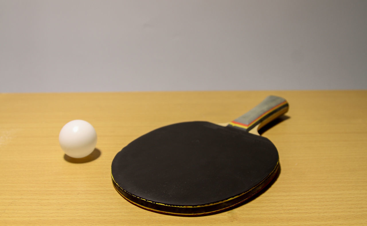 table, still life, indoors, wood - material, no people, black color, close-up, pool ball, day