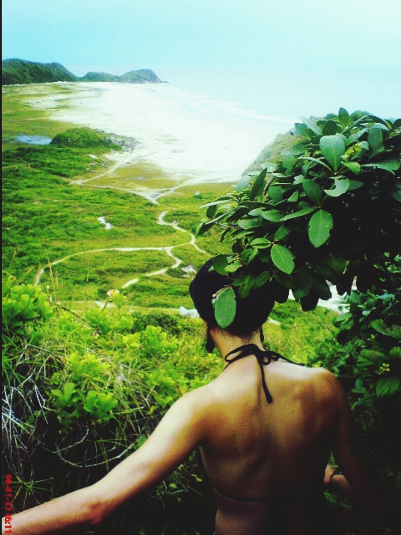 Travelling the world is an amazing experience Ilhadomel Honeyisland Beautiful View Climbing Rocks Catch Moments Enjoying The View Tranquility Pazeamor Peace, Love And Weed. Brazil Wild And Free✌ Lost In Wonderland