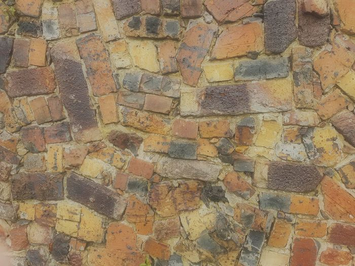 Bricks Brick Wall Bricks At Random Mosaic Pattern Design Abstract Bricks Flowing Lines Craftsmanship  Samsung Galaxy S7