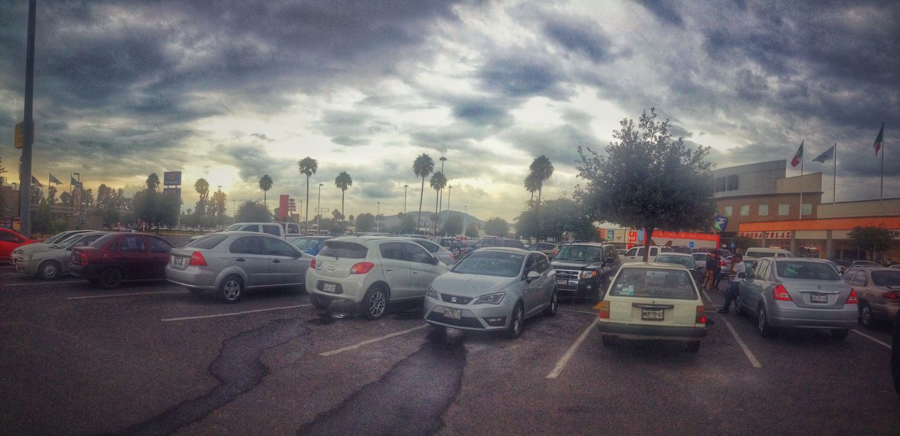 Skyscape Panoramic Streetphotography Cloudy Day HDR