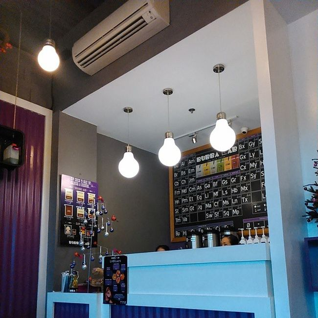 After dental 👄in a rainy ☔🍃⚡ afternoon Hagupit a.k.a Ruby Lezz have some milk tea Bubbalabtea Place Interior