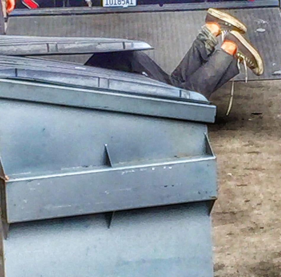Urban Lifestyle Real life dumpster diving... Mcarthurpark DTLA Losangeles Dumpsterdiving