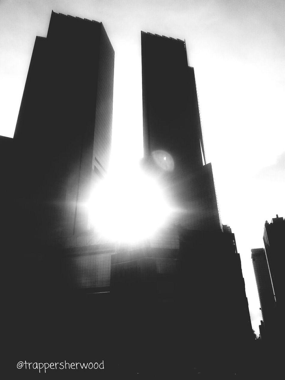 Monochrome_Monday Lensflare Architecture_bw Columbus Circle Traveling