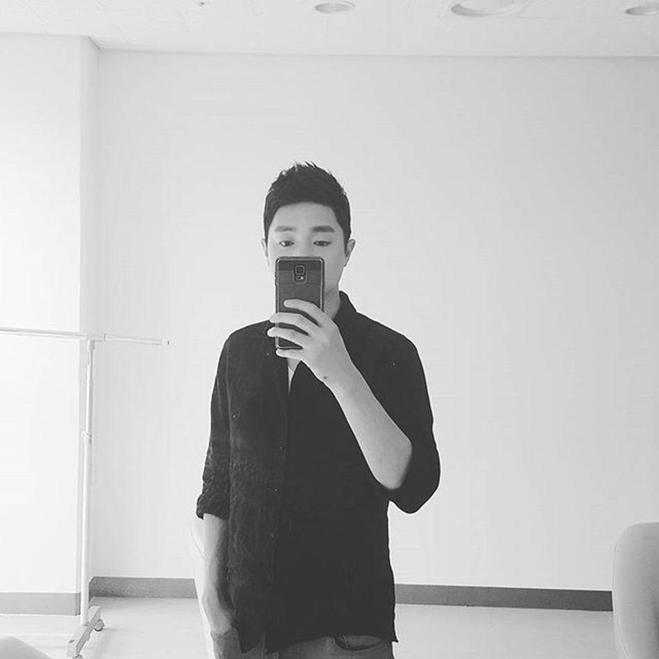 오늘 하루도 즐겁게 . 감사한 하루 . . Me Selfie