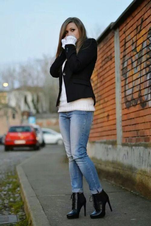 Standing Young Adult Fashion Lifestyles Street City Capture The Moment Enjoying Life Model Shoot Model Modelgirl Winter On The Road Irishgirl Ireland 🍀