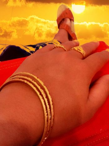 43 Golden Moments Hand Gold Rings 💍 Hanging Out Check This Out Taking Photos Enjoying Life Belongs To Me EyeEm Best Edits Eyeem4photography Eyeemphotography Hello World EyeEm Best Shots Accesories Indonesia_photography Accessory Accessories ❤ EyeEm Indonesia