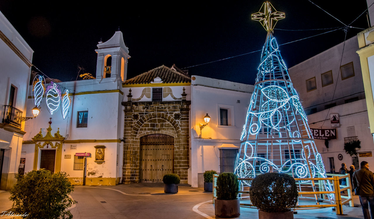 Night Tourism Architecture Outdoors Spain ✈️🇪🇸 Place Of Worship Rota Nikonphotography Illuminated EyeEm Building Exterior Christmas Is Coming Christmaslights