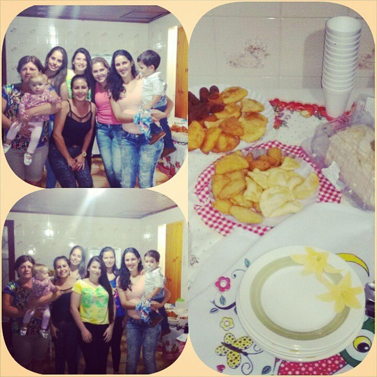 Deontem FestinhaSurpresa Pracunhada Tavamuitobom instahappy instafamily 💞👌