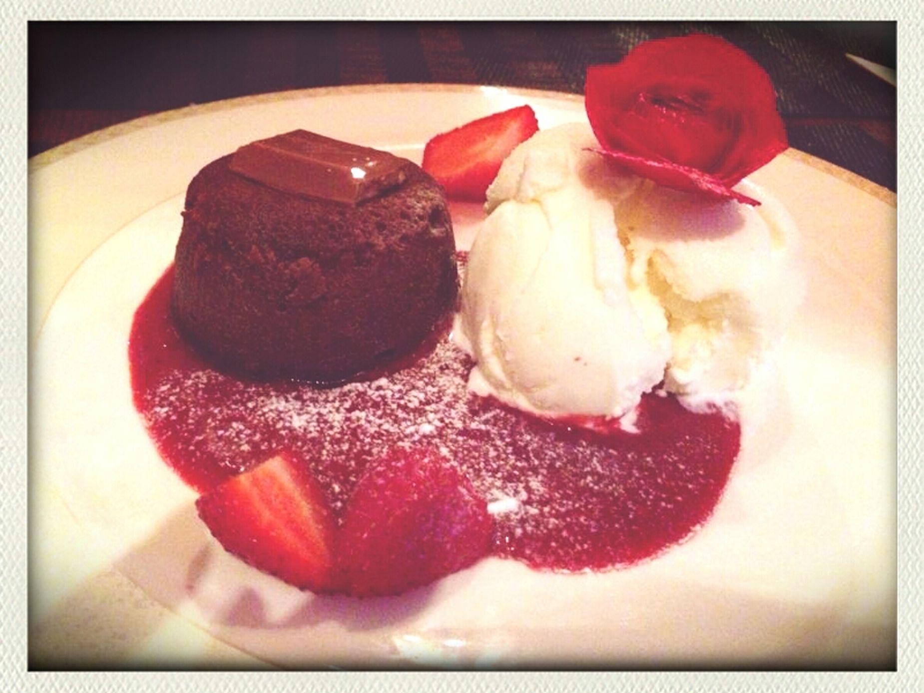 Deserts Chocolate Fountain  Strawberry Restaurant