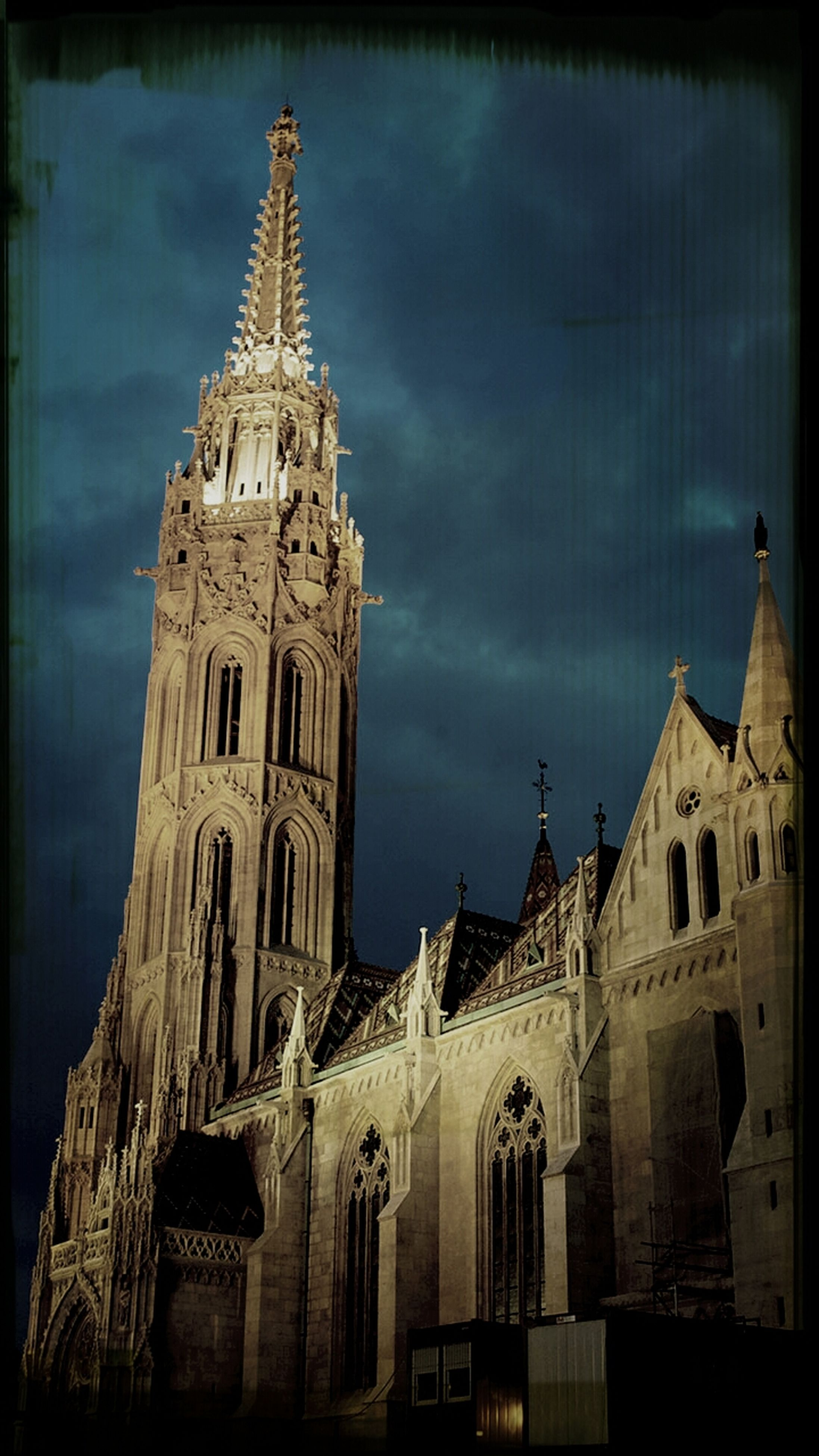 architecture, building exterior, built structure, low angle view, church, sky, religion, place of worship, transfer print, cathedral, spirituality, auto post production filter, cloud - sky, history, cloudy, travel destinations, cloud, famous place