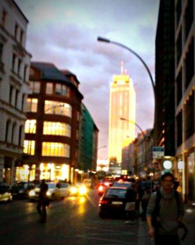 Berlin EyeEm Sunset Park Inn Radisson Hotel Berlin Münzstrasse Alte Schönhauser Straße Berlin Mitte Reflection Sun Reflection Nokia E71