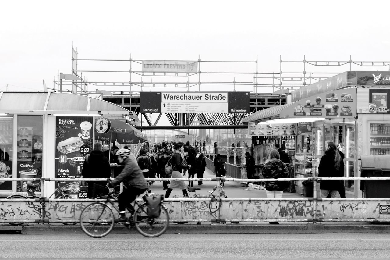 Urban Streetphotography Street Photography Berlin Streetphoto_bw Bw Blackandwhite Monochrome Warschauer Straße Warschauerbrücke