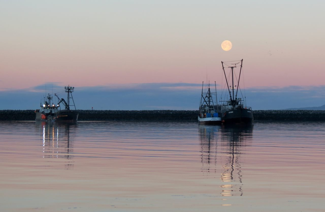 Sunset in Sitka Alaska Anchored Boat Calm Commercial Fishing Full Moon Harbor Idyllic Mast Nautical Vessel No People Non-urban Scene Sunset Sunset_collection Tranquil Scene Tranquility Water