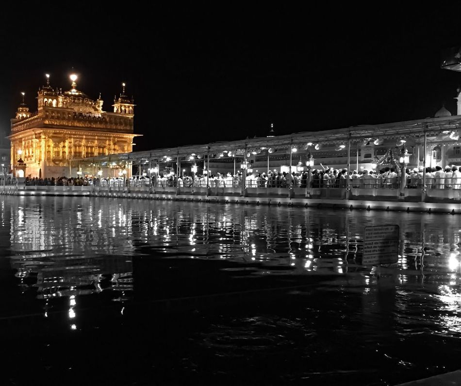Sikhs Pilgrimage: The Golden Temple SikhTemple Holywater  Northindia Punjab Gold Monument Tranquility