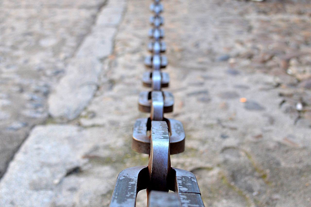 metal, no people, close-up, day, outdoors, padlock, hanging, focus on foreground, strength
