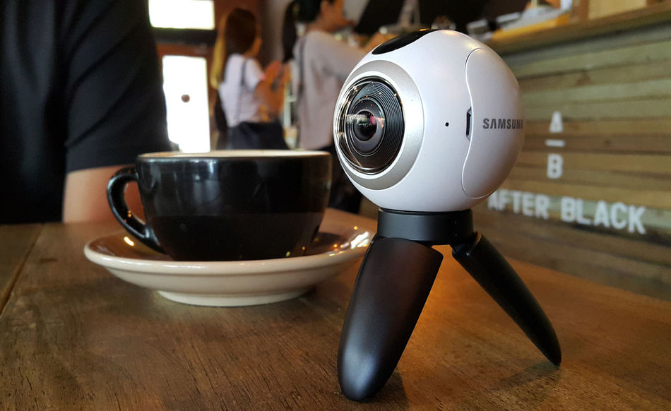 360 camera at coffee house, 360 images and videos are becoming popular in social medias and online platforms. 360 360 Panorama 360 Photo 360 Tour 360 View Augmented Reality Cafe Cafe Time Camera Camera - Photographic Equipment Gear 360 Lifestyle Lifestyles Mixed Realities Samsung 360 Selfie Skype Social Media Spherical Panorama Spherical View Technology Virtual Reality Vr Vr360 Youtube