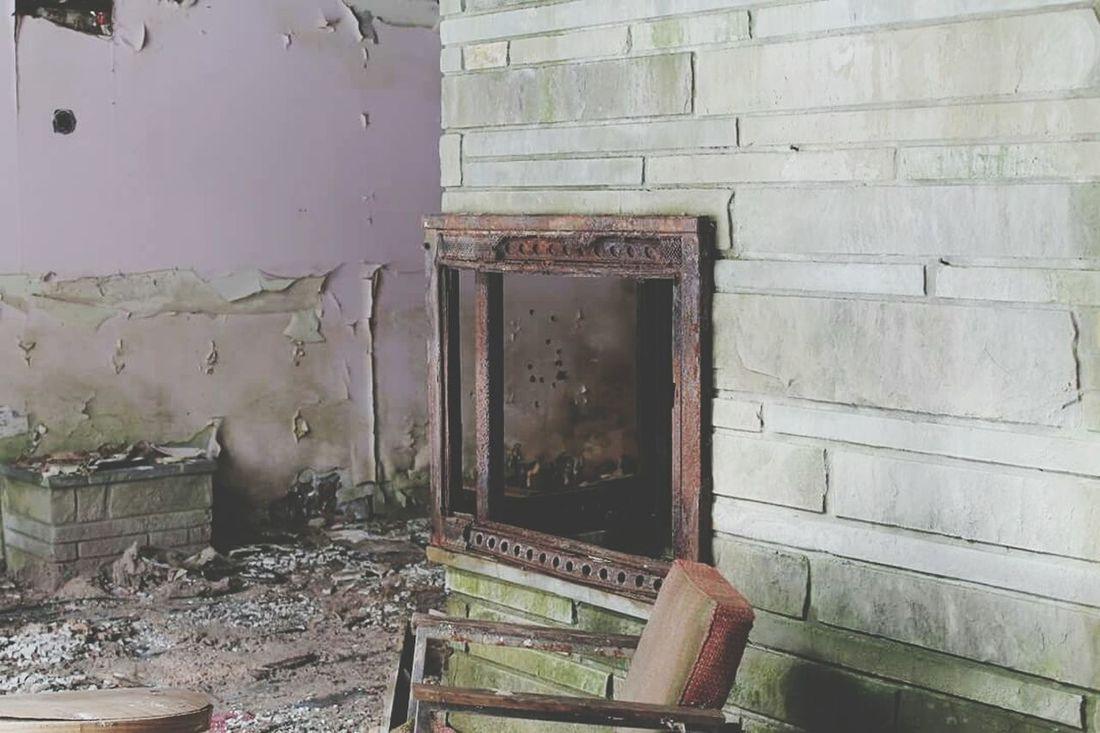 Abandoned Abandoned Places Forgotten Forgotten Places  Forgottenplaces Urbex Urbexphotography Fireplace LetsGetLost