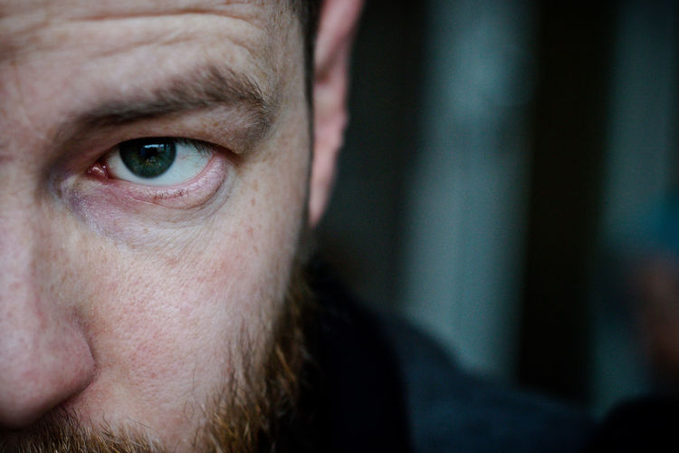 .MyMirror.MySoul. Canon Charlie Grotesk Close-up Cold Atmosphere Eye Headshot Human Body Part Human Eye Human Face Human Skin Indoors  Looking At Camera Mirror One Person Portrait Real People