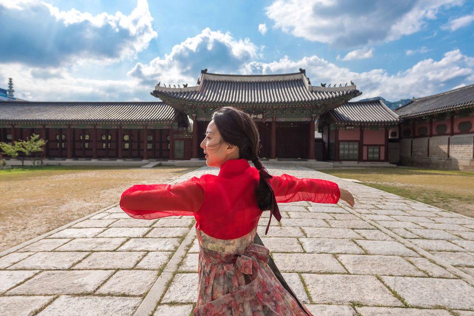 Hanbok Korea Korea Traditional Dress Dance Traditional Dance Kyungbokgung