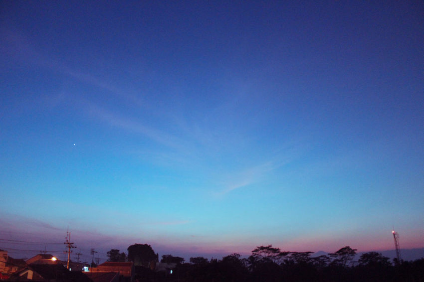 Skyscape mowning Sunrice Summer Wintertime Sky And Clouds Skylight Awesome_shots Awesome_view Sky Dusk Blue No People City Night Outdoors Illuminated Sunset Scenics Cityscape Nature Architecture Beauty In Nature Tree Building Exterior Astronomy Galaxy
