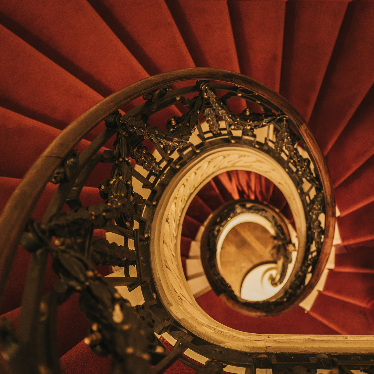 BELvue Museum Architecture Belvue Brussels Bruxelles Bruxellesmabelle Indoors  Railing Spiral Spiral Staircase Staircase Steps And Staircases