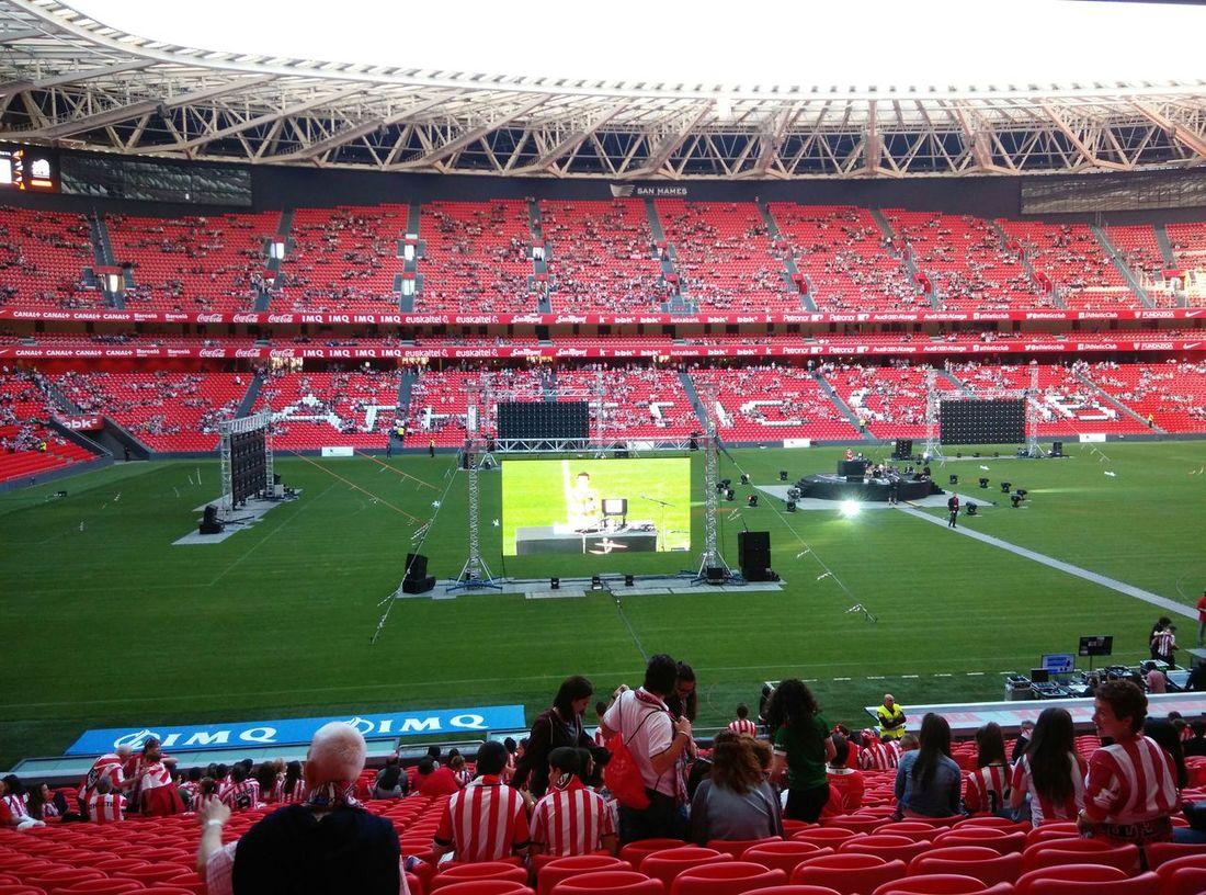 Football Futboltime Futbol San Mamés Stadium Football Stadium Athletic Athletic Club Barsa Copa Del Rey  Athletic Vs Barsa