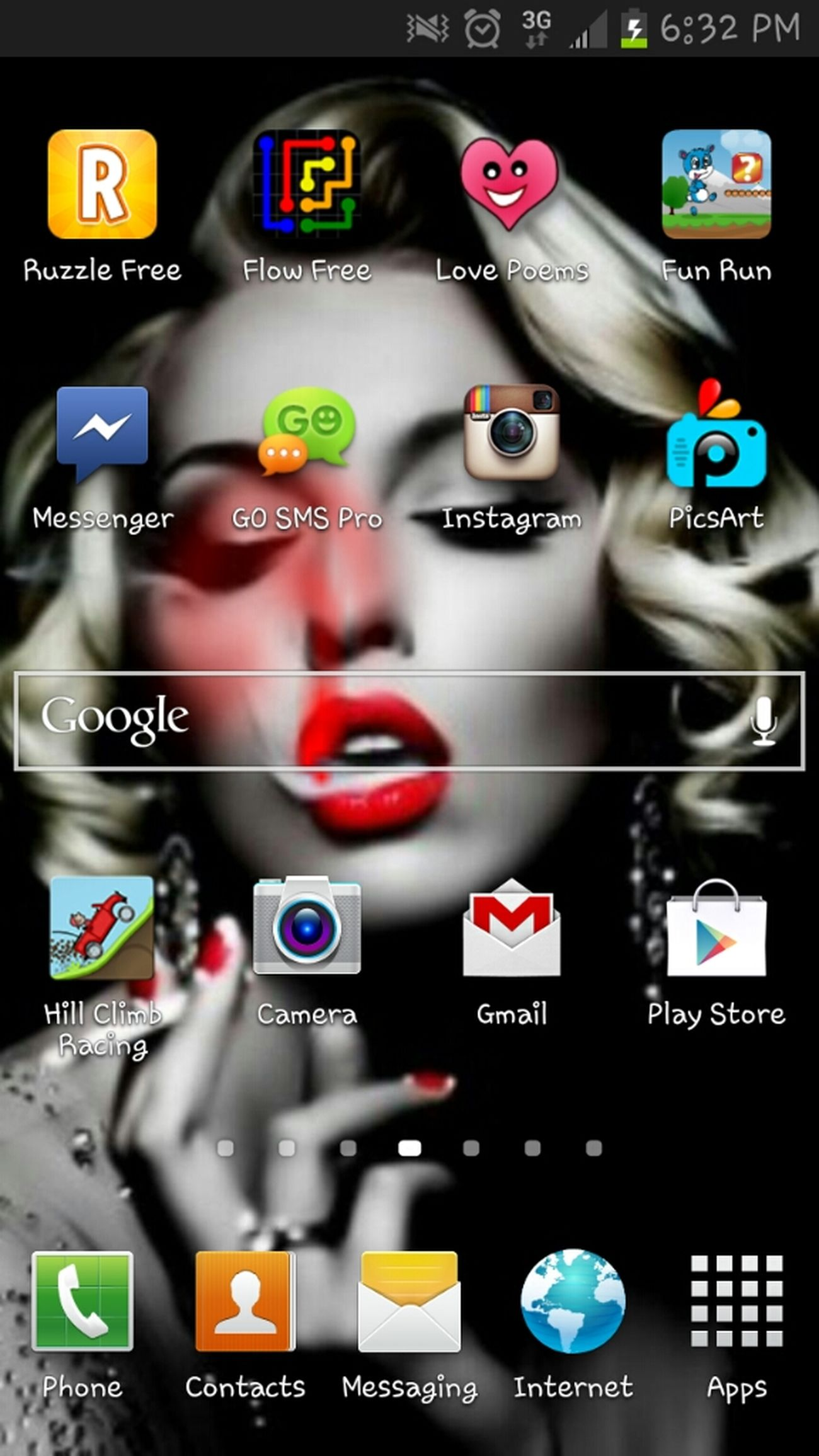 my wallpaper !♥♥ (;