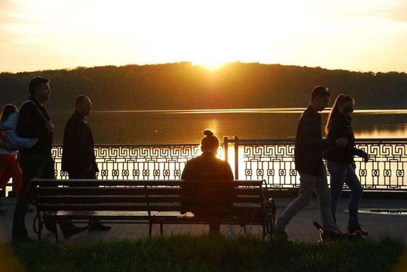 The Storyteller - 2014 Eyeem Awards Valeriedesign Sunset Silhouettes Girl
