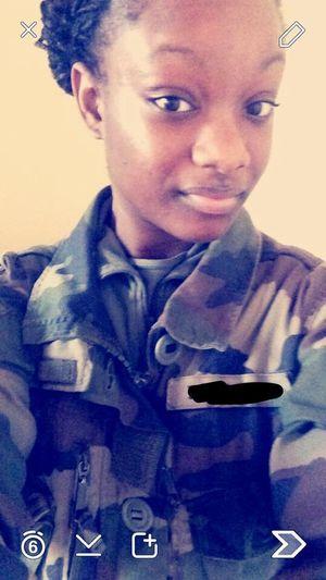 Armée De Terre Infanterie Femme Militaire armée fran
