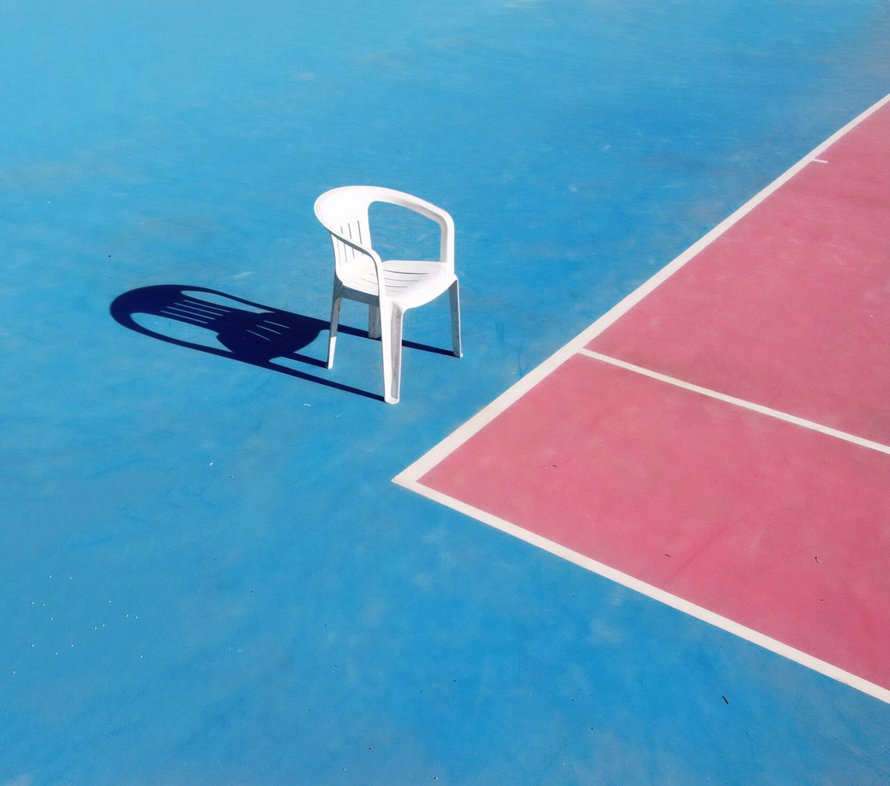 Chair alone High Angle View No People Day Outdoors Tenniscourt Chair Emptychairsproject