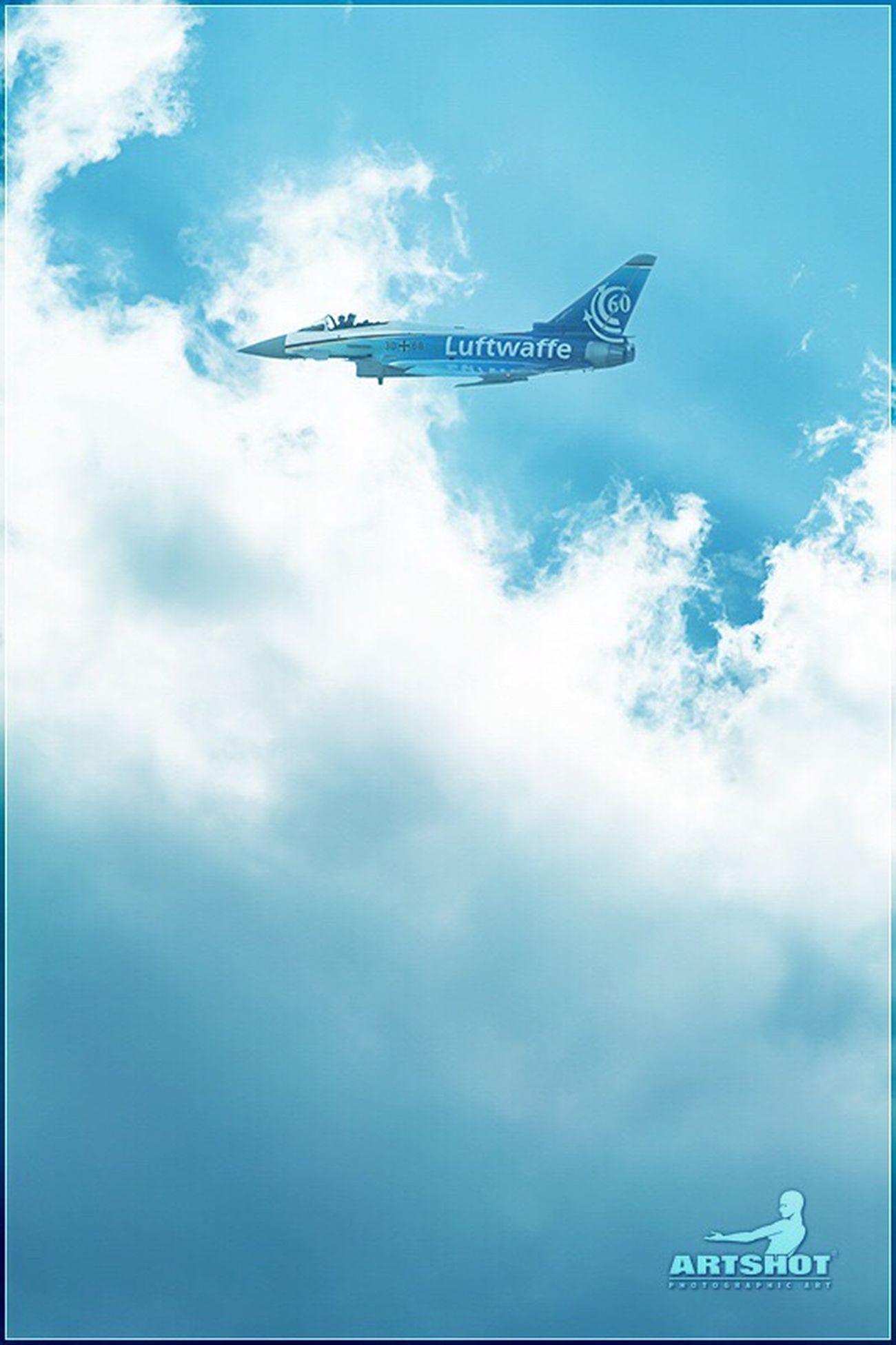 Air Force GERMANY🇩🇪DEUTSCHERLAND@ Sky Clouds And Sky Berlin Airplane Air Show Still Life Army Ila Eurofighter Airforce Flugschau Kampfjet Luftwaffe Bundeswehr Armee Himmel Fliegen Deutschland Artshot Blau Blue Blue Sky