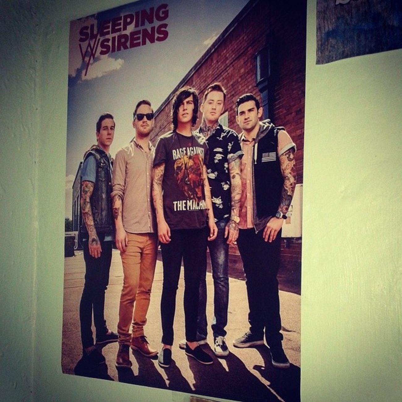 Mi poster♥ Sleepingwithsirens KellinQuinn Justinhills JackFowler GabeBarham tambien sale Jesse :')