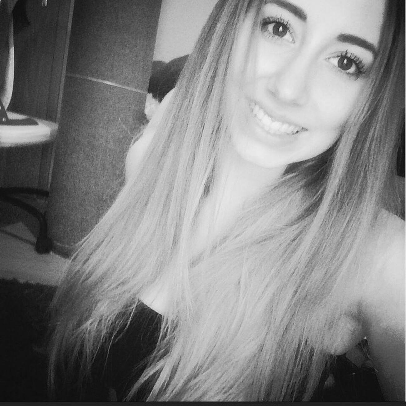 Selfies Self Portrait Selfie Selfportrait Blackandwhite Black And White Girl Smile Cheese! Hanging Out