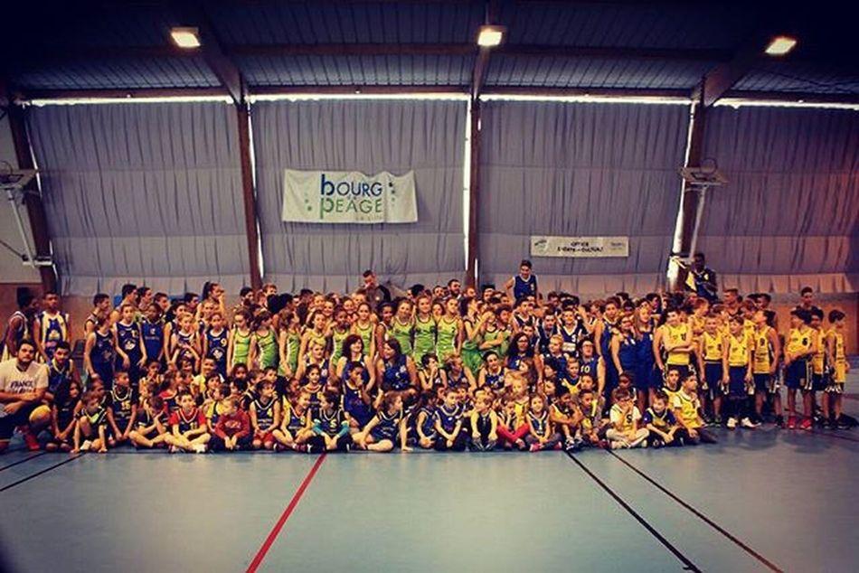 UGAP Basket, plus qu'un club, une famille !!! 😍❤ Basket Famille Amies Joie Partage Sport Collectif