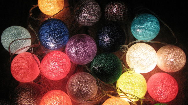 My Winter Favorites Colors Garland Cotton Circles Night Mood Warm Everydayisaholiday Holiday Lights Manufactured Handmade Cottonballs Design Interior ChristmasEVe MerryChristmas Christmas Newyeareve Happynewyear NewYear New Year Around The World Christmas Around The World Best Christmas Lights