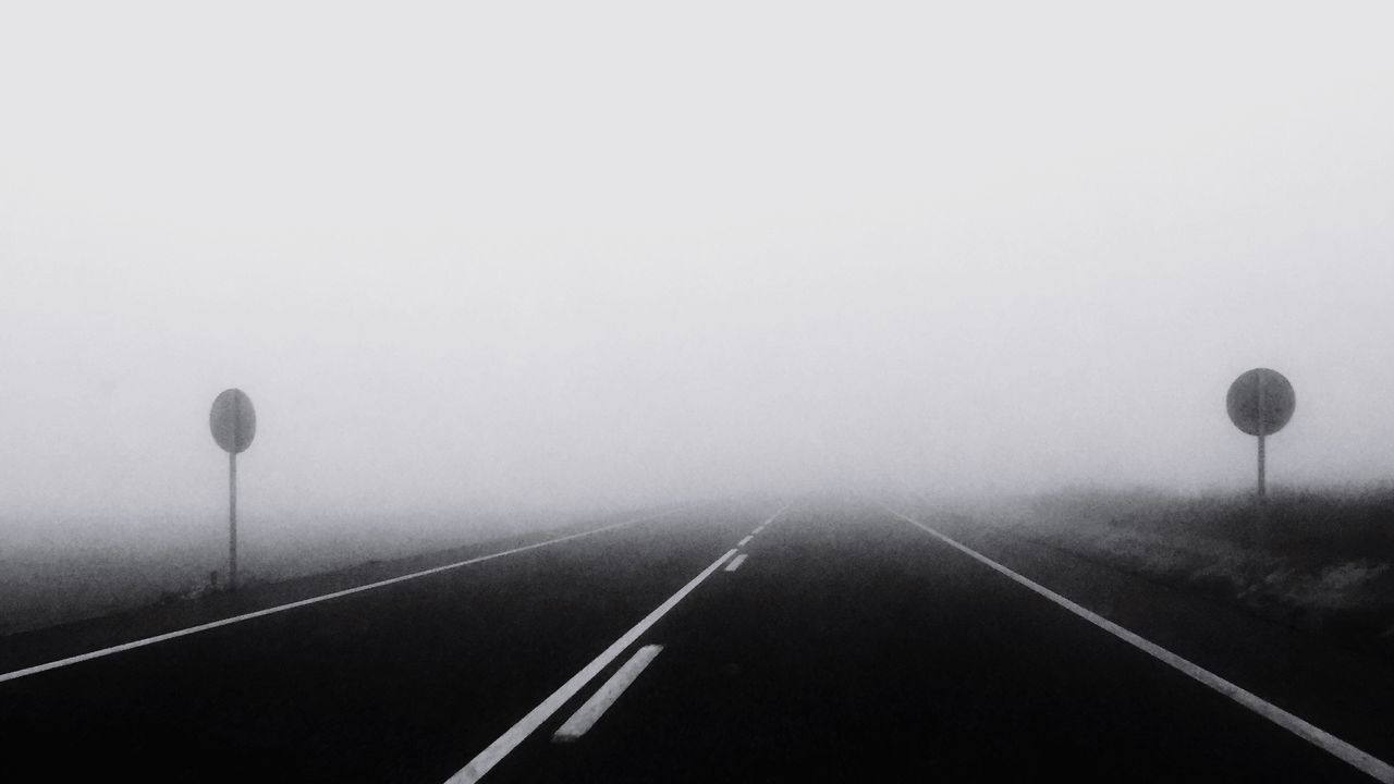 transportation, the way forward, fog, diminishing perspective, road, no people, outdoors, day, nature, sky