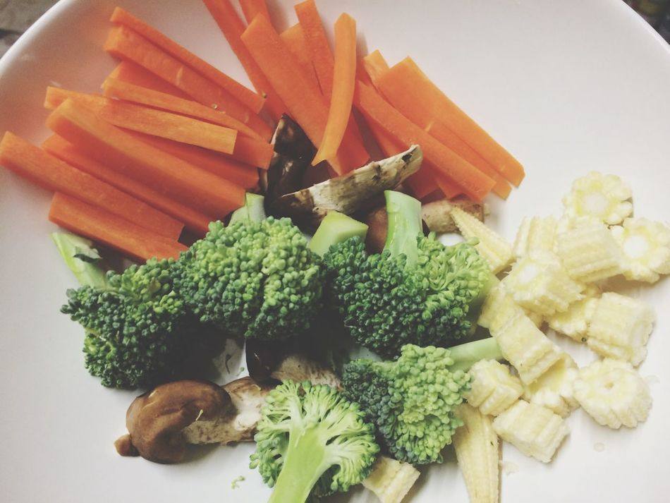 Food And Drink Food Freshness Indoors  Healthy Eating Close-up High Angle View Vegetable Spring Onion Green Color Broccoli Meal Organic Temptation Cilantro Indulgence Ready-to-eat Appetizer No People Carrots