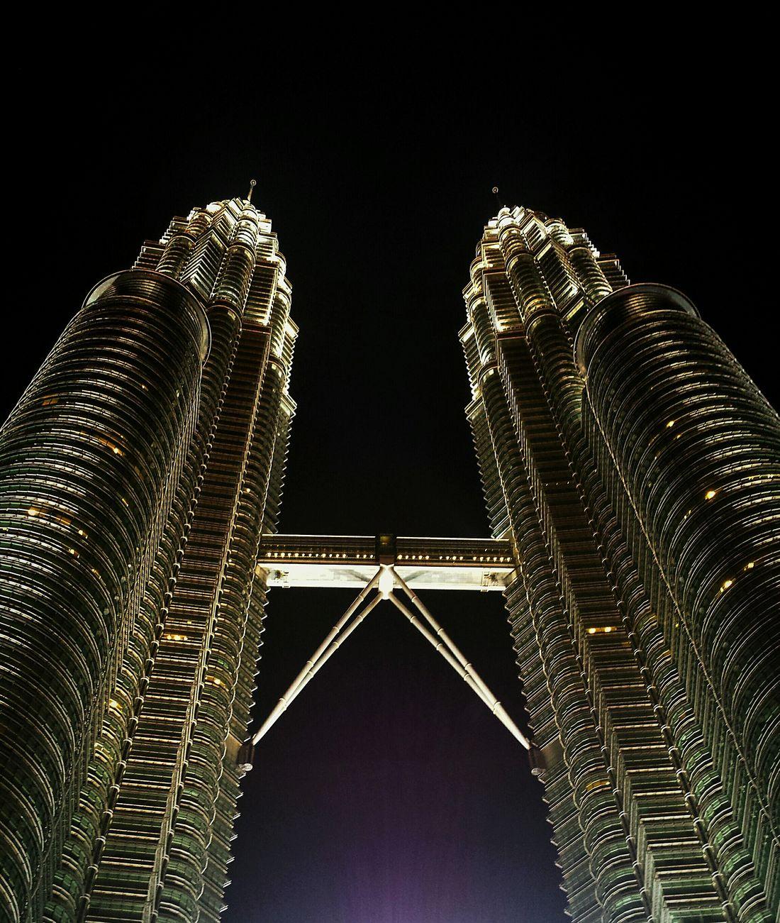 Twin Towers Malaysia Kuala Lumpur Petronas Twin Towers Twin Towers Wanderlust Cityscape KoalasinMY