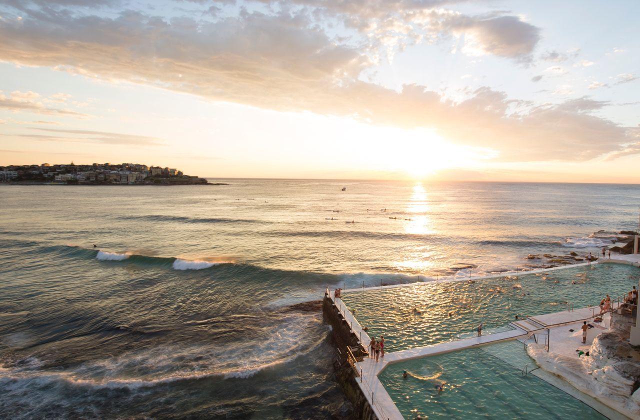 Bondi beach @ sunrise bondi Bondi Beach Sydney Bondi Bondi Beach Sunrise Icebergs