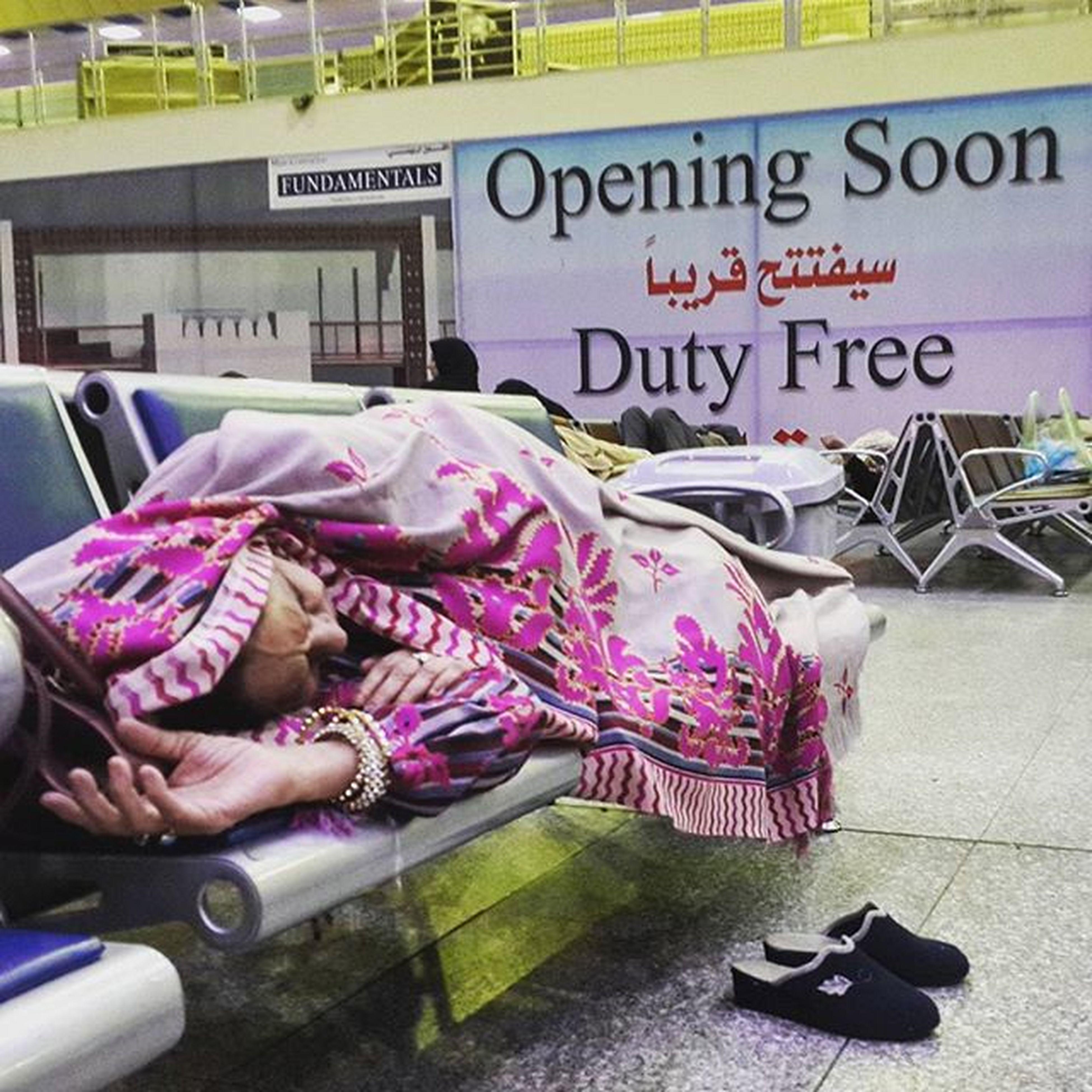 . The Pakistani Oldwoman Sleep in Najaf Airport . The Life like Magic And I Hate magic . . . پیرزن پاکستانی در حال استراحت در فرودگاه نجف . . . Everydayeverywhere Everydayasia Everydayiraq Reportagespotlight Gettyimages