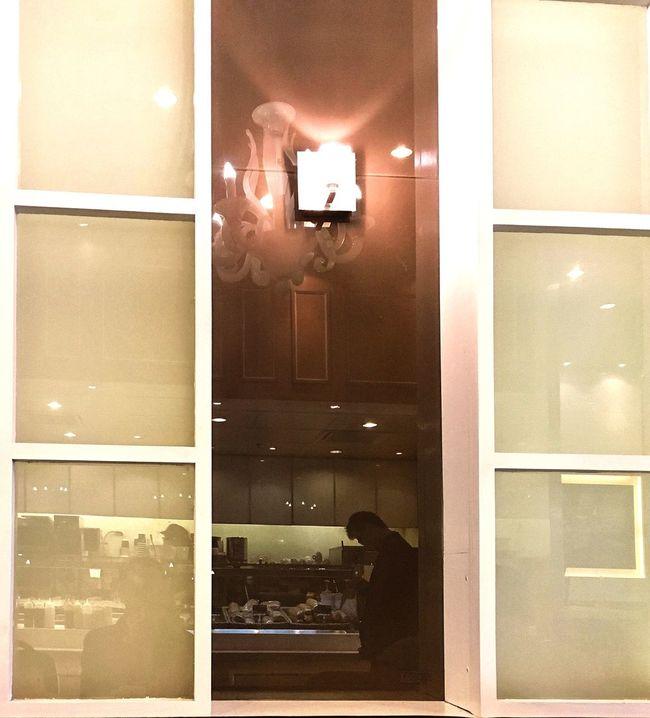 Reflection Reflections Reflection_collection Restaurant Light Lights