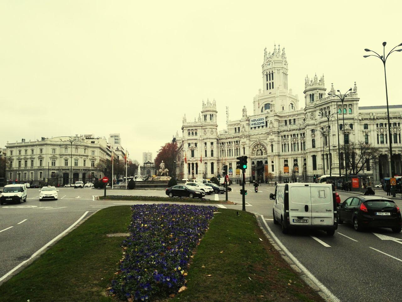 Dia gris en Cibeles , Madrid