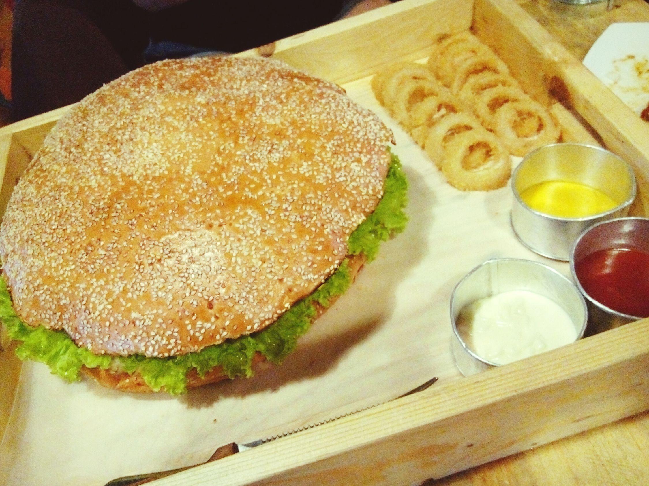 Wow!!!! What a big burger this is! Haha. Garage88 BIG Burger Foodie Full Tummy