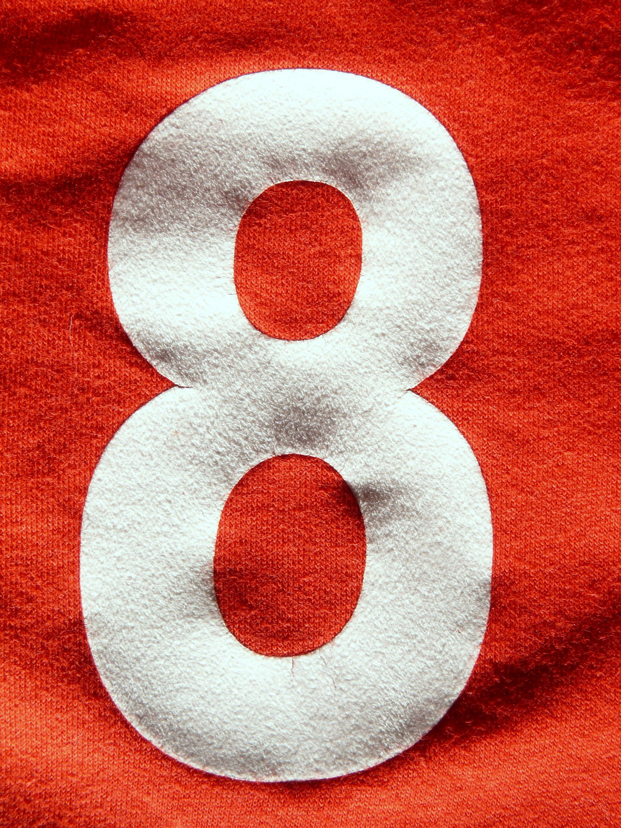8 Acht Beflockt Close-up Day Design Eight Graphic Indoors  No People Number Numbers Player Red Red Team Trikot White