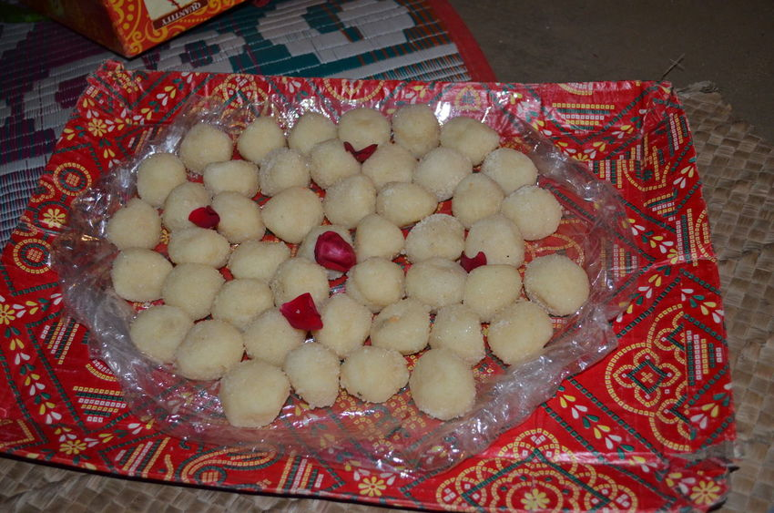 Rosogolla the food of India Arrangement Choice Close-up Composition Culture Dessert Food Food And Drink Freshness Healthy Eating Holiday Desserts Indoors  Indulgence Plate Ready-to-eat Still Life Sweet Food Table Temptation Top Perspective Variation