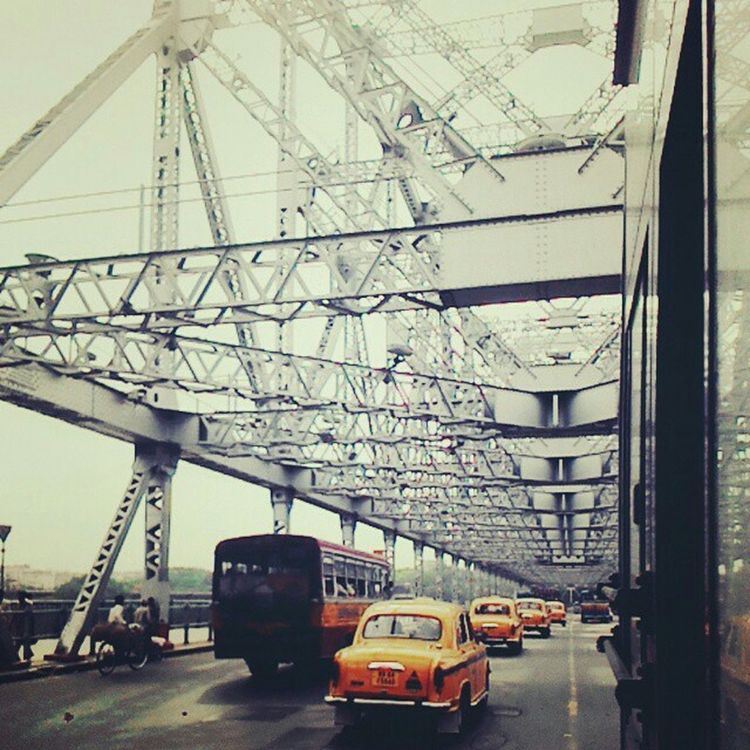 Beautifully Organized Transportation Taxi Bridge Symmetry View City Architecture Mode Of Transport Buses Through Window